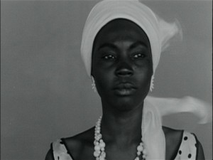 a Ousmane Sembene Black Girl La Noire de DVD Review PDVD_005